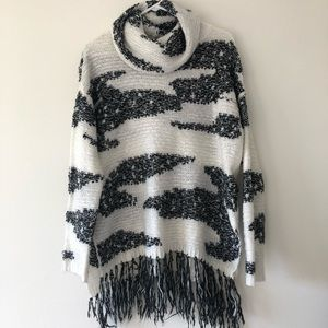 Romeo+ Juliet sweater, turtleneck, size L
